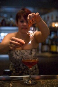 Lauren Parton, mixologist. Photo by Shannon Braniff