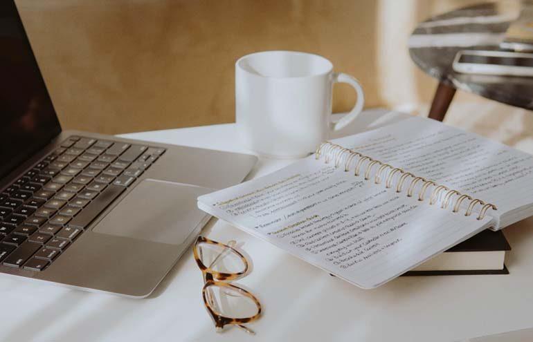 writing as a side hustle